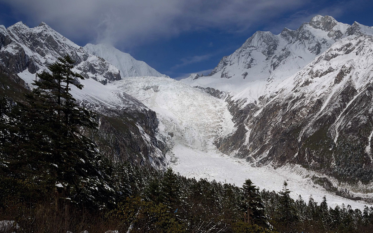 6  Days tour to Hailuogou Kangding Danba Mt. Siguniang